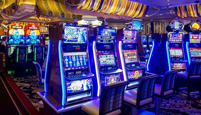 Cobain Main Slot Machines With Bonus Games Sekarang Biar Ngga Nyesel!
